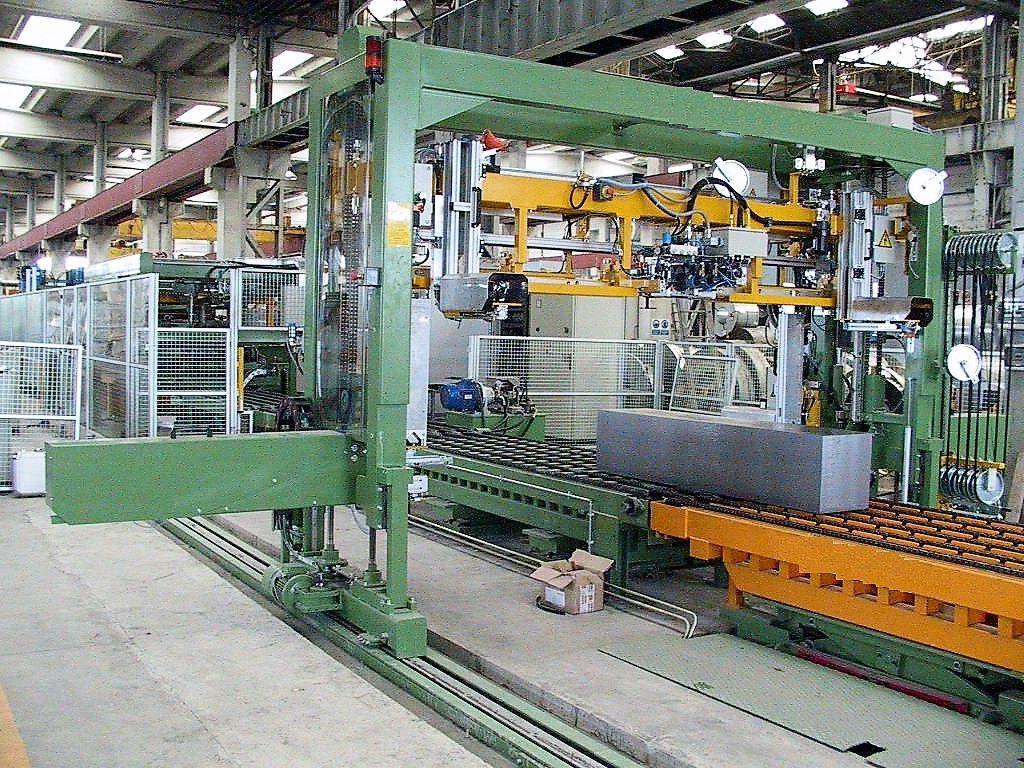 Custom size Slitting and Cutting - Multi-Blanking Line